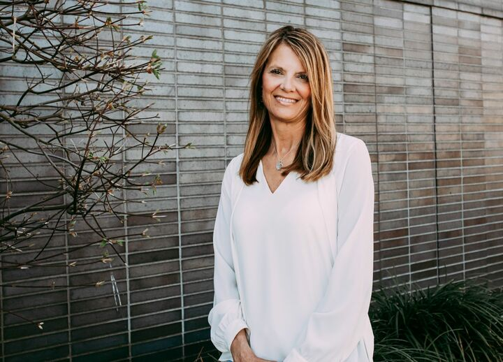 Janel Stoneback, Broker in Burien, Windermere