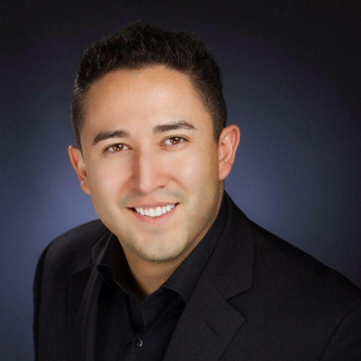 Jacob Elizarraraz,  in Cupertino, Intero Real Estate
