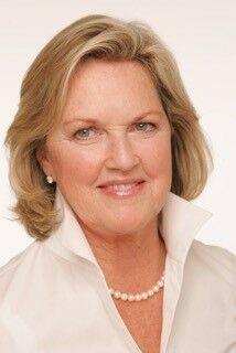Liz Davis, Realtor® in La Quinta, HK Lane Palm Desert