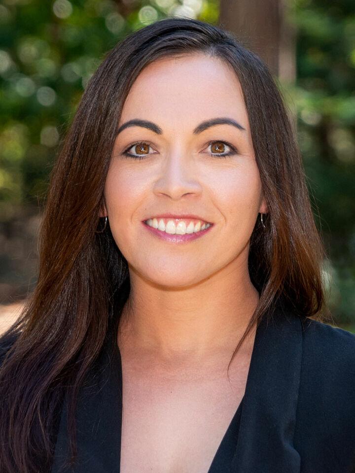 Jenny Miller, REALTOR® in Grass Valley, Sereno