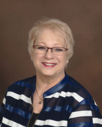 Lin McClain, Sales Associate in Evansville, BHHS Indiana Realty