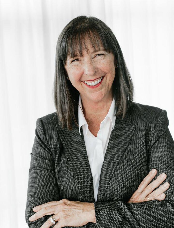 Theresa Truex, Premier Director in Seattle, Windermere