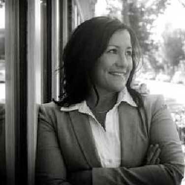 NancyMarie Hendricks, Principal Broker, Licensed in Oregon and Washington in Portland, Windermere
