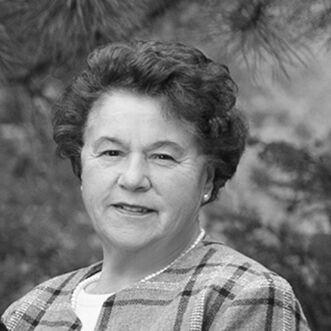 Heidi Gardner,  in Salt Lake City, Windermere