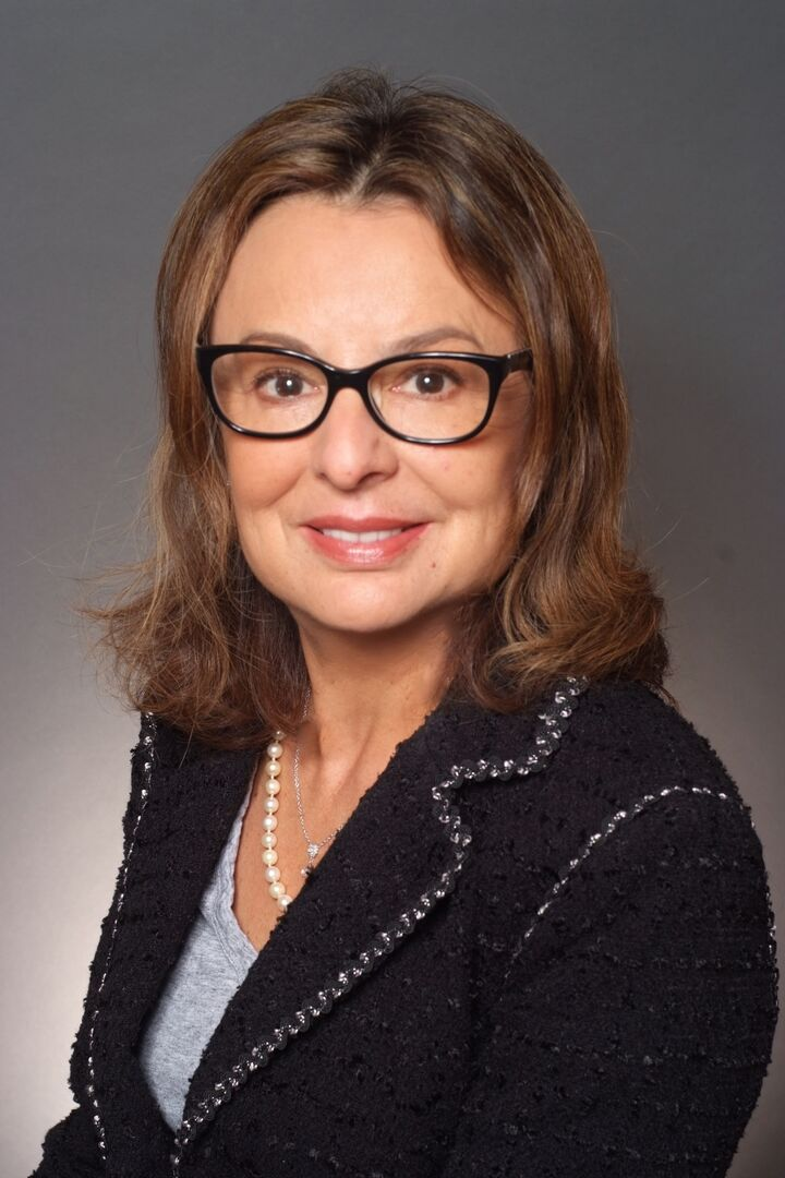 Mary Westbrook,  in San Jose, Sereno Group